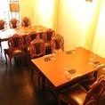 大人数OK 。グループ様にはテーブル席がおススメ!4名様掛けのテーブルは3席、6名掛けテーブル1席の計18席ご用意しております!ゆったりとしたお席なので、いっぱい注文してもゆっくりして頂けますよ