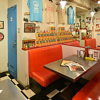お洒落な店内で気軽に本格ハンバーガーを楽しめる♪