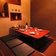 6名様個室。宴会等に、ゆったりとおくつろぎいただけます人気のためご予約がおすすめです。