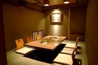 完全個室のお部屋が16室。