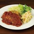 料理メニュー写真チキンステーキトマトソース