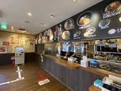 カルビ丼とスン豆腐専門店 韓丼 大分中島店の雰囲気1