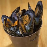 漁師さん直送★ムール貝のワイン蒸しバケツ盛り!