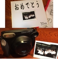 7大特典【その3】その場で記念写真、【その4】色紙のプレゼント!!