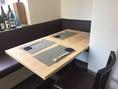 テーブルの奥はソファー席になっており、お子様やお年寄りの方でも安心してご来店いただけます。