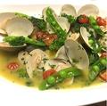 料理メニュー写真本日の魚のアクアパッツァ