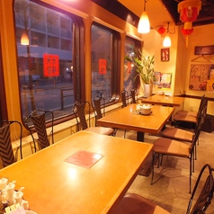 蒲田餃子楼の雰囲気1