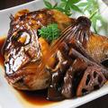 料理メニュー写真鯛 あら炊き/骨蒸し