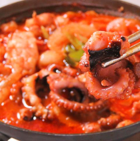 本場韓国家庭料理の味と雰囲気を楽しめる♪定番メニューからレアな韓国料理までご用意