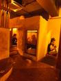 あじるといえば洞窟風個室!様々なシーンに対応できるように、4名様個室以外にも2名様個室や9名様個室も準備しております!