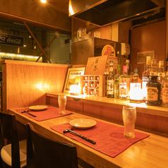 デートなどにぴったりのカウンター席【お忍び居酒屋 きのした新潟駅前店の店内空間】