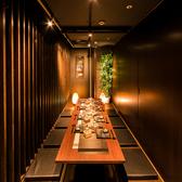 華やかな新宿の夜景を見下ろすことのできる窓側のお席は、デートや記念日などの特別なシチュエーションにオススメです♪