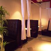 【2階カップルシート個室】LAZO人気のカップルシートです♪最大4名様まで収容可能です