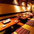 各テーブル6名様までの掘りごたつタイプのお座敷です。お席の移動も楽々なお座敷で各種宴会にも最適となっております♪