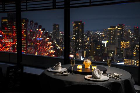 モダンな空間で本格中国料理と眺望を愉しむ!ランチ、ディナーご予約受付中!