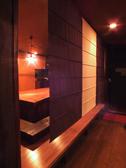 2階の【亀】の部屋は、すだれをおろすと、プライベート感あふれる雰囲気◎な空間に…♪人気のお席のご予約はお早めにどうぞ。