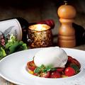 料理メニュー写真≪数量限定≫とろけるブッラータとチェリートマト