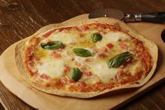 料理メニュー写真ピッツァ マルゲリータ