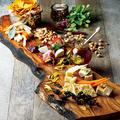 料理メニュー写真チーズ&タパス盛り合わせ LARGE