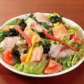 料理メニュー写真海の幸サラダ