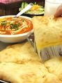 とろーりチーズのチーズナンは一度食べたらやみつきになってしまうかも♪
