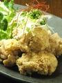 料理メニュー写真ふくろう特製若鶏の唐揚げ