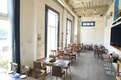 ランチは開放感あふれる店内でイタリアンが堪能できます。