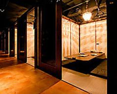 大阪梅田・お初天神で飲み会なら当店へ♪落ち着いた雰囲気の個室でごゆっくりご飲食を。