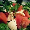 料理メニュー写真トマトとモッツァレラのサラダ/シーザーサラダ