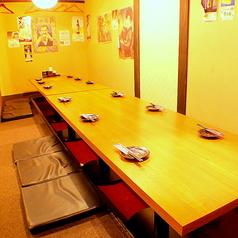 6名様用のテーブルはつなげても◎
