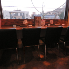 外を見ながらお洒落にお食事でも☆2名様~4名様まで収容!!1組限定のお席になります。