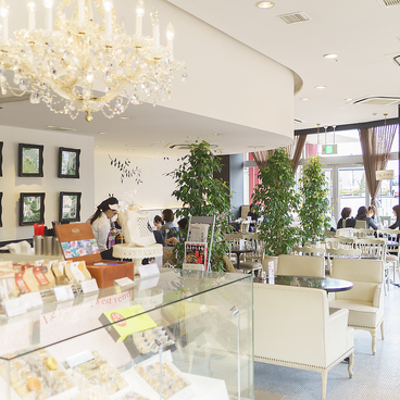 メランジュドゥシュハリ MELANGE De SHUHARI 松井山手店の雰囲気1
