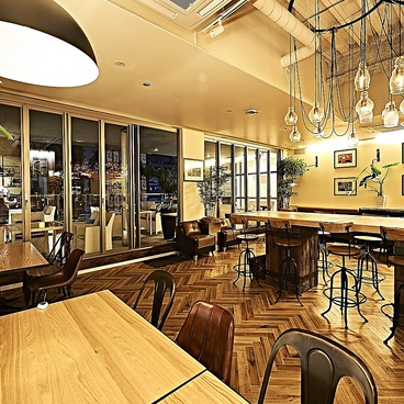 ワンオンワンガーデンレストラン ONE on ONE Garden Restaurant 名駅店の雰囲気1
