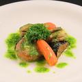 料理メニュー写真ホタテ貝のムニエル香草バターソース