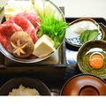 料理メニュー写真すき煮膳