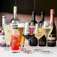 充実した飲み放題もご用意しております。上質なこだわりのワインも飲み比べができるテイスティングセットとしてご用意!厳選されたワインは種類豊富に取り揃えておりますので、美味しい料理と共に味わってみてください。飲み放題付コースもございます。