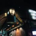 隠れ家の様な場所に佇む「マジック×カフェ」。岡山駅から徒歩5分、西川沿いにある「NISIGAWA FAMILY BLD」をまずは見つけます![岡山/岡山市/岡山駅/マジック/マジックカフェ/タラッサマーレ/マジシャン/手品/飲み放題/サプライズ/記念日/誕生日/女子会]