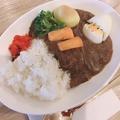 料理メニュー写真カレーライス【玉子と野菜トッピング】(甘口/中辛)