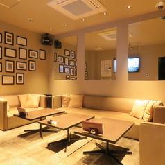 カフェバー アンベンド cafe&bar UNBENDの雰囲気3