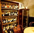 ワインの種類は100種以上!赤・白・泡…スタッフに好みを伝えてみて♪