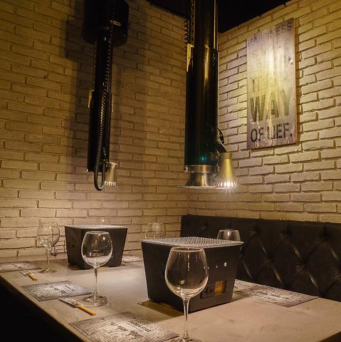 上質な鹿児島県産黒毛和牛の焼肉が楽しめます。個室有お洒落な空間で宴会♪