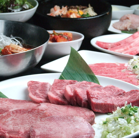定番お肉から希少部位までリーズナブルに楽しむなら【ちからや】で決まり!