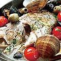 料理メニュー写真本日鮮魚のアクアパッツァ