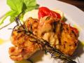 料理メニュー写真京都産丹波地鶏の石窯グリル シンプルなローズマリー添え
