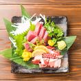 鮮度が命!産地直送の鮮魚を使用したお刺身はお魚本来の旨味や歯ごたえが抜群です!自慢の逸品をぜひ食べ放題でご賞味ください。