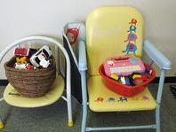 お子様用のイス、食器、おもちゃをご用意しております♪
