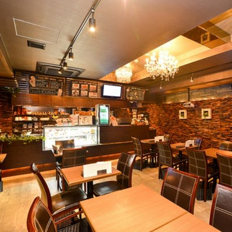 【カフェ貸切】3時間・料理7品 100インチ大型スクリーン迫力鑑賞OK 15名〜30名まで収容可