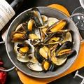 料理メニュー写真ハマグリ&ムール貝の白ワイン蒸し