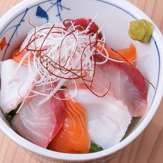 極食う海鮮丼ぶり