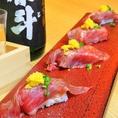 絶品のお肉をはじめ、鉄板で焼き上げるステーキはもちろんのこと野菜巻きや肉寿司などバリエーション豊富な肉料理をご用意しております。また様々な肉料理に合うお酒も種類豊富に取り揃えております。